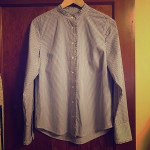 100% cotton Jcrew button up shirt w ruffle neck